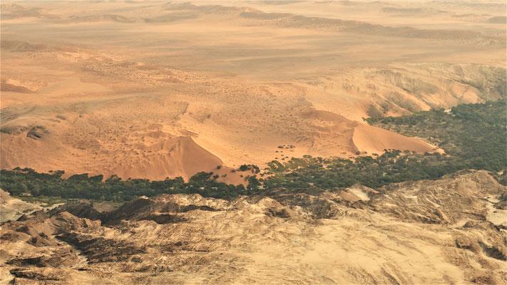 Survol du Namib ; Canyon de la Kuiseb ; Namibie