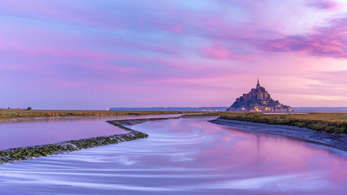 Le Mont-Saint-Michel le matin - ONE [30 mm / f11 / ISO 160 / 30 Sek.]
