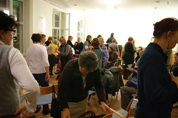 09/2013 Die Renovierung des Kammermusiksaals ist nach Jahren abgeschlossen. Vielen Dank an das Einsteingymnasium, dass wir während dieser Zeit dorhin ausweichen konnten.