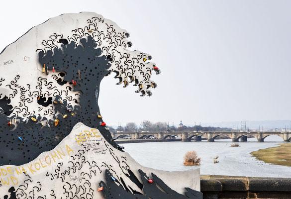 """Augustusbrücke - """"Die Woge"""""""