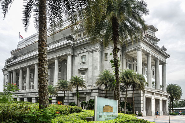 The Fullerton Hotel