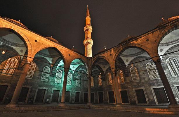 Blaue Moschee am Abend