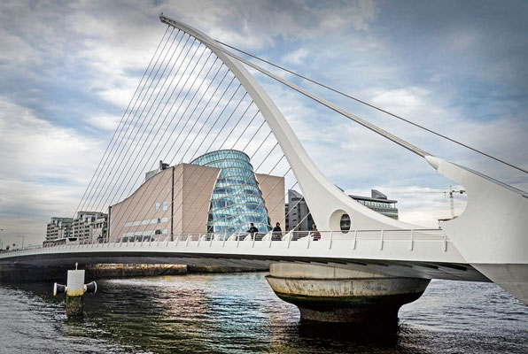 Samuel Beckett Bridge - by Santiago Calatrava