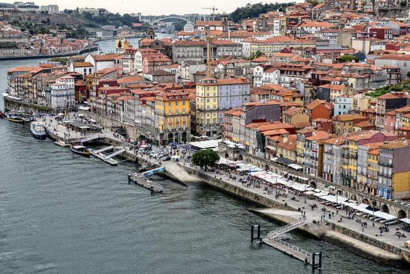 Altstadt - von der Ponte Dom Luis I. aus