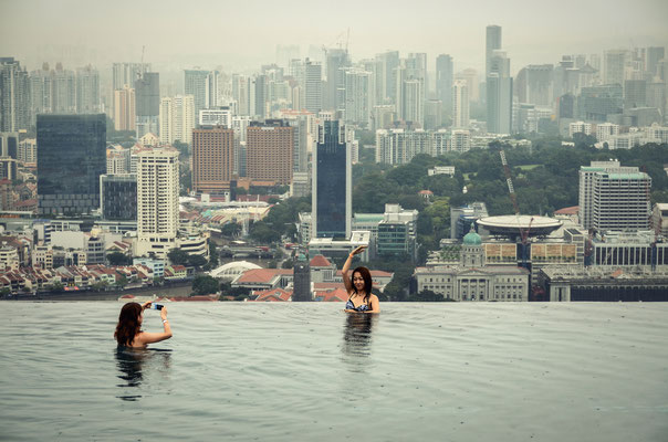 The Marina Bay Sands Hotel - Pool