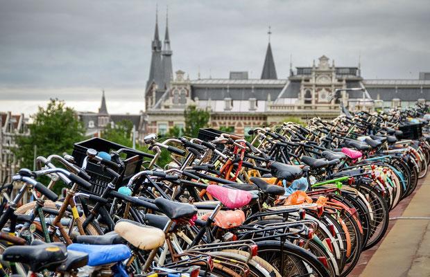 Fahrradparkhaus