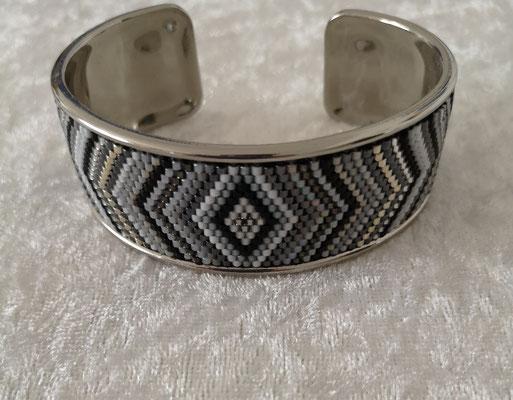 Armspange breit grau-schwarz 45 Euro