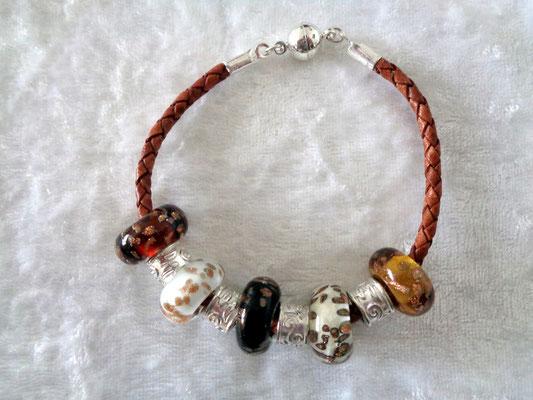 braun-silber mit Goldfluss