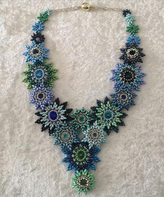 Dancingstar in Blau- und Grüntönen 150€