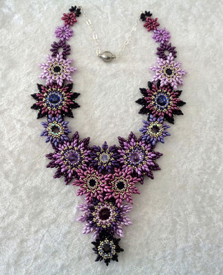 """DancingStar"" Collier 150 Euro"