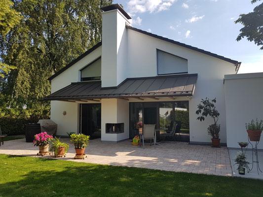 ... und nachher mit neuer und wärmegedämmter Fassade - in jeder Hinsicht eine völlig andere Wirkung