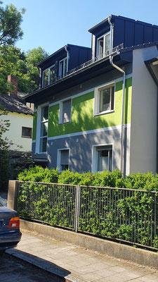 statt immer nur grau und gleich... ein individueller und moderner Fassadenanstrich!