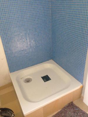 Eine neue Rückwand für die Dusche