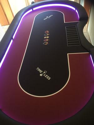 Maße 2,40m x 1,20m, individuell bedrucktes HD Velvet, LED, Chiptray