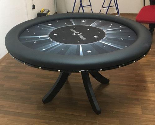 Durchmesser 1, 40m, individuell bedrucktes Casinotuch, Sockelbein