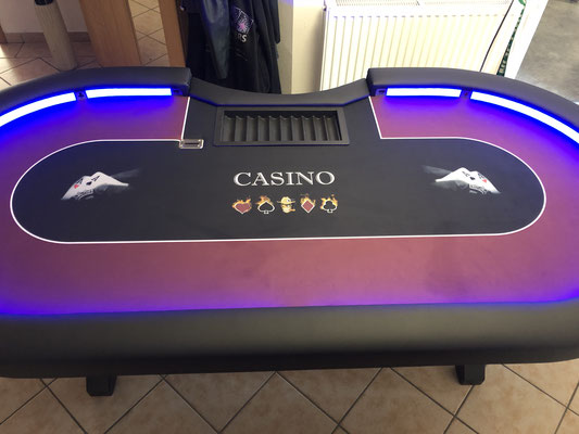 Maße 2,40m x 1,20m, individuell bedrucktes Casino-Tuch, LED, Chiptray , Dropbox, X-Gestell