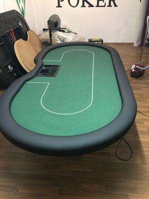 ind. bedrucktes Casinotuch, H-Gestell
