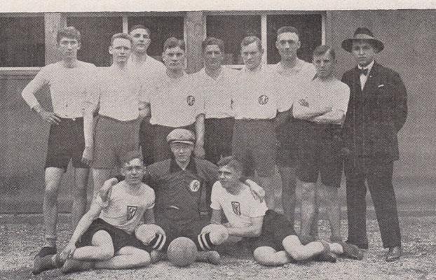 FVK-Handballer, Festschrift 1925 (Foto: Archiv Eric Lindon)