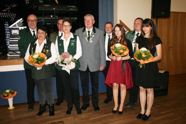 Das Königshaus 2018 im Schützenbezirk Rotenburg/FD. Es fehlt Caroline Richardt, 1. Prinzessin