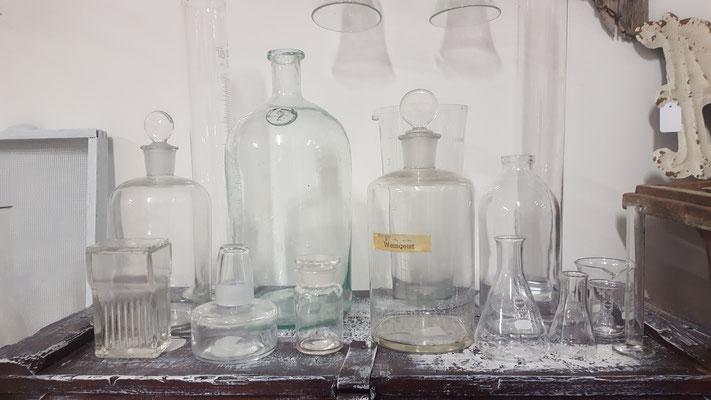 Laborgläser, Erlenmeyerkolben als Dekoration