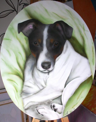 Lulu, Airbrushporträt nach einer Fotovorlage, Leinwand, oval 30x40 cm (2013)