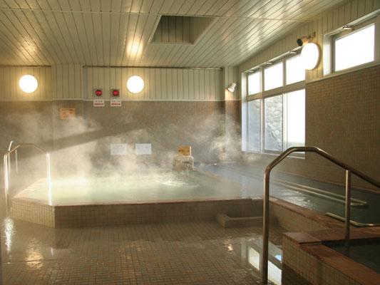 飛騨高山「 ひだまりの湯」は 格安宿泊施設や韓国式リラクゼーション(足ツボ マッサージ・アカスリ)と レストランを完備