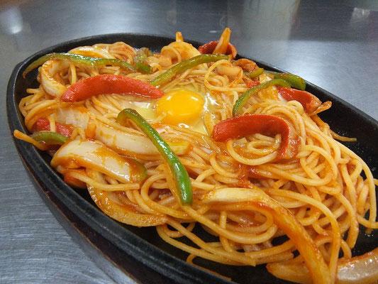 ナポリタンスパゲティ 600円