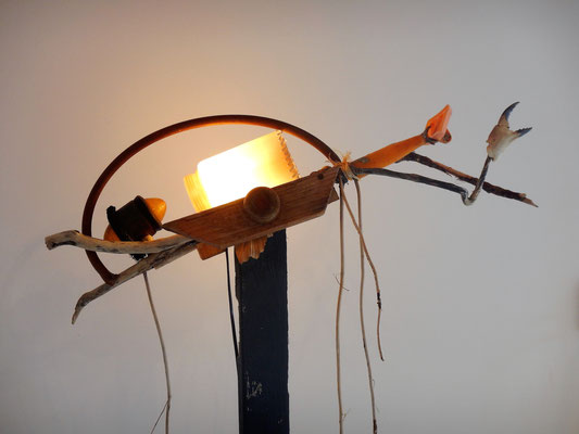 Schipinsect (staand lichtobject, ene kant) 165x60x90cm 495,-