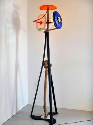 Vrijheid, lichtobject staand 85x65x2040cm Maria en Goossen 1495,-