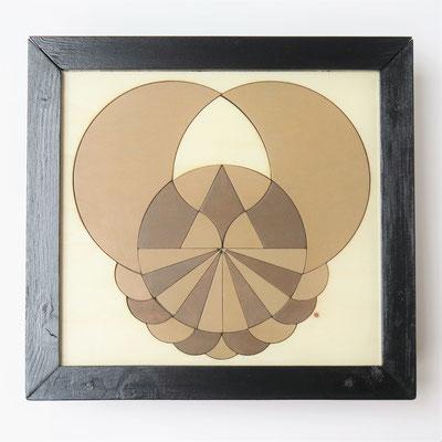 Geometrische constructie no.1 wandobject en puzzel in één 31x29cm 275,-