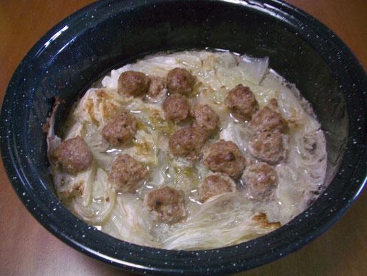 豚団子と白菜鍋(蓄熱型)