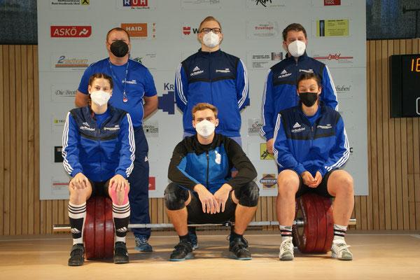 Die Mannschaft - coronakonform mit FFP 2