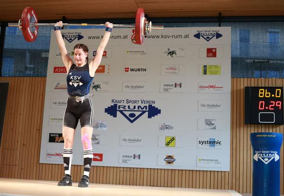Anna Lamparter mit neuem Tiroler Rekord - 86 kg Stoßen