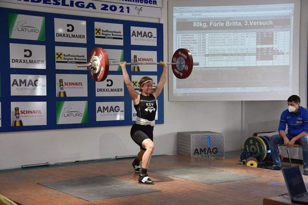 Britta Fürle mit 80 kg Stoßen