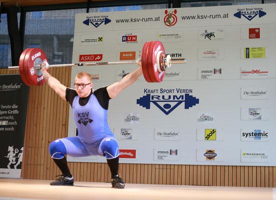 Julian fixiert den Teil-Sieg mit 141 kg Reißen