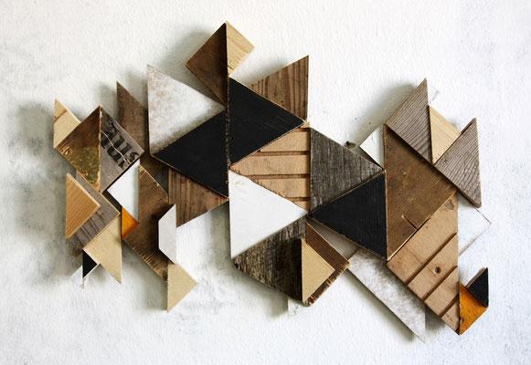 RMXS 06 - Fundholz Assemblage, Sprühlack - 33 x 42 x 3 cm - 2015