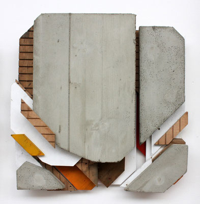 Fragmentierung 3.2. - Beton/MDF/Fundholz-Assemblage, Sprühlack - 54 x 56 x 11 cm - 2013