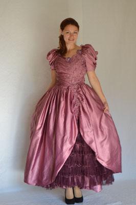 124. Biedermeier-Kleid
