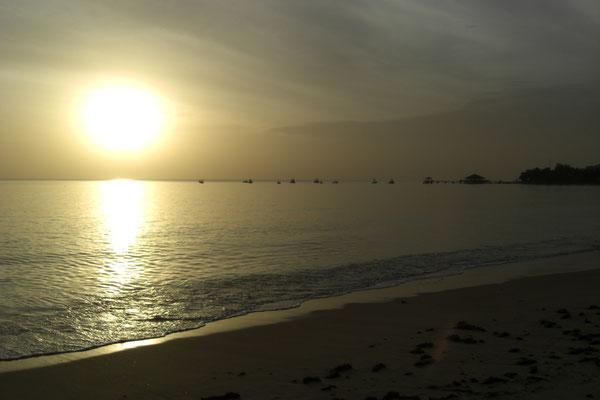 Saly, coucher de soleil sur la plage...