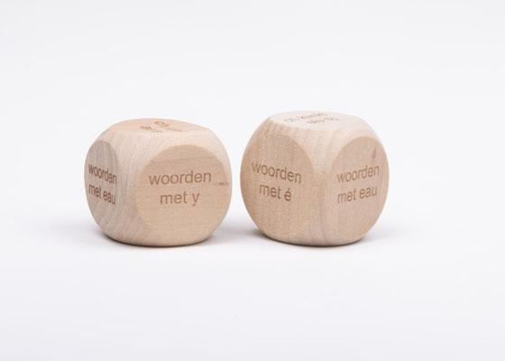 Dobbelsteen spelling - spellingscategorie woorden met eau, woorden met é, woorden met y, woorden met x, ou als oe, ch als sj