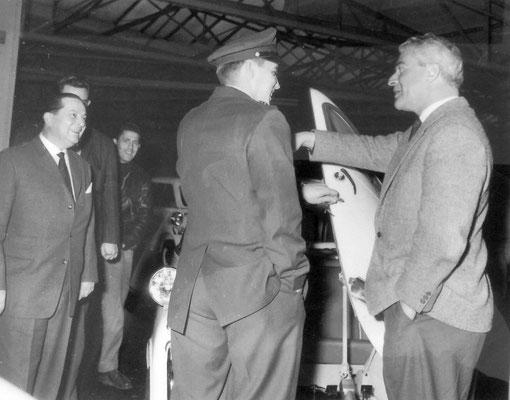 Oskar Mallmann, Elvis Taxifahrer: Besuch bei BMW in Frankfurt/Main am 21.12.1958
