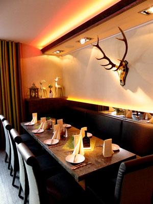 Restaurant Hirsch                                                            I                               Foto: A. Kost