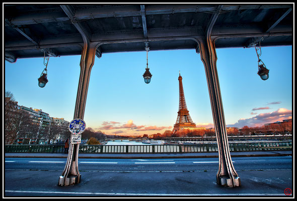 Pont Bir-Hakeim, Paris, France (2013)
