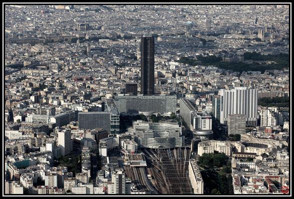 Gare Montparnasse et Tour Montparnasse, Paris, France (2013)
