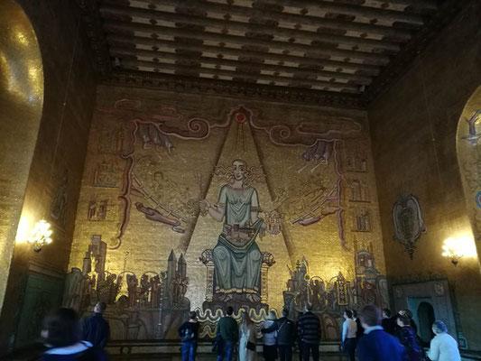 Die Goldene Halle