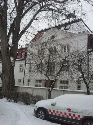 Das Newmaninstitut im Schnee