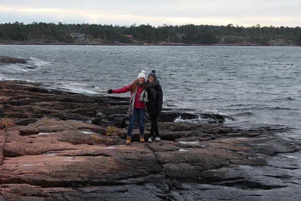 Miriam Schmelz und Magdalena Kollbeck auf den Åland-Inseln