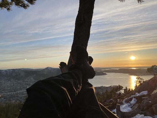Viele Abende verbrachte Tim in einer Hängematte bei Sonnenuntergang