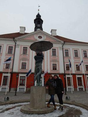 Hannah Olbrich und ich in Tartu