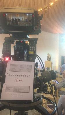 So sieht es hinter der Fernsehkamera aus